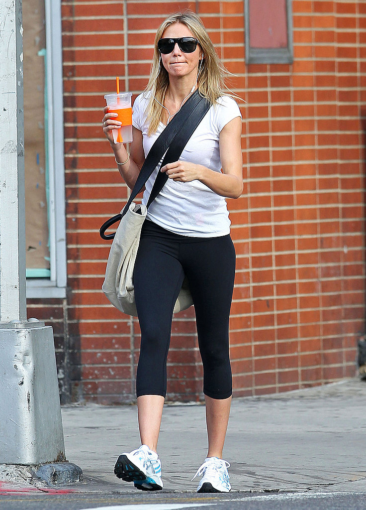 Cameron Diaz traveled by foot in NYC.