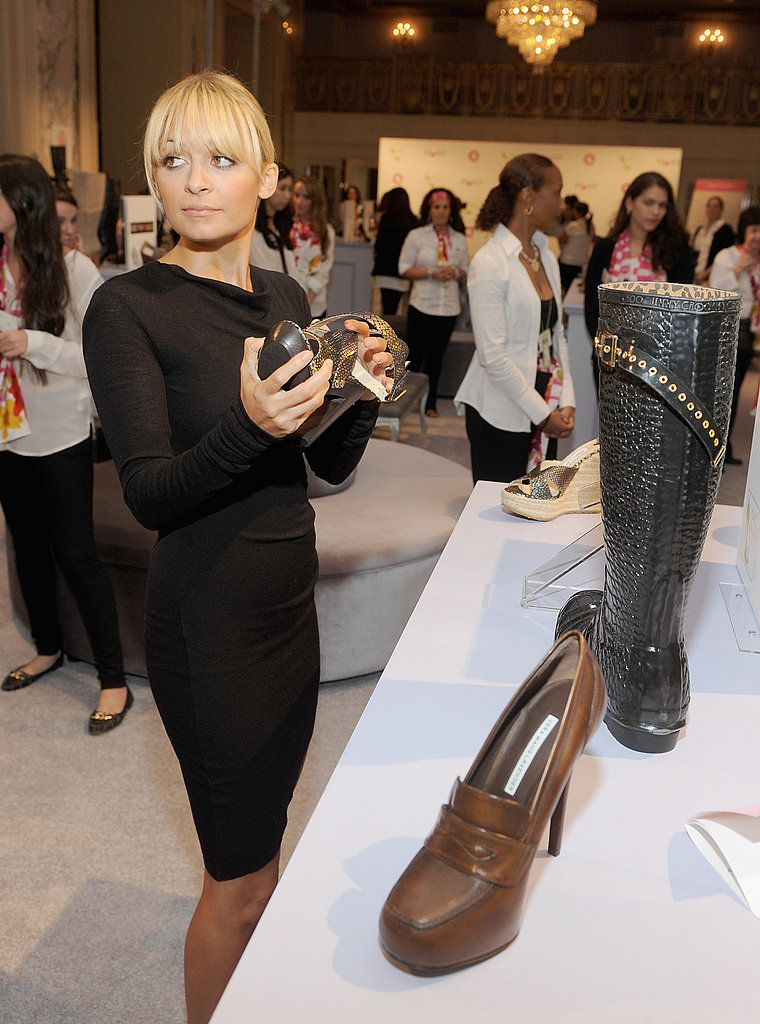 Nicole Richie shoe shopping in NYC.