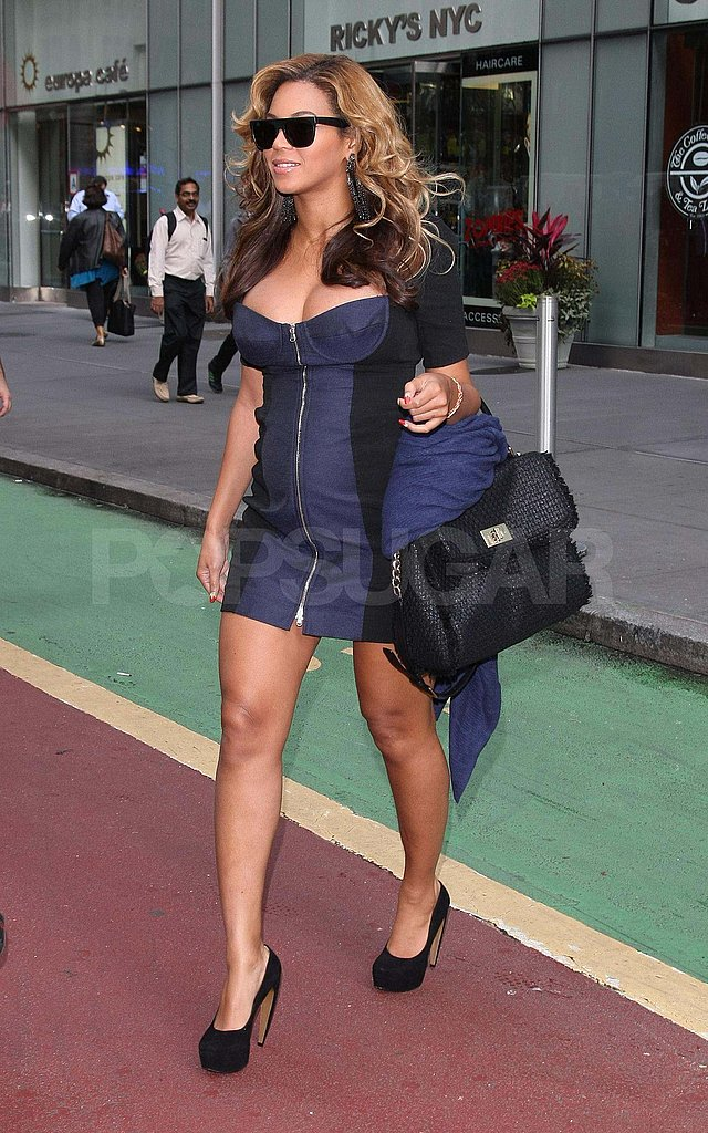 Beyoncé wears a sexy dress in NYC.