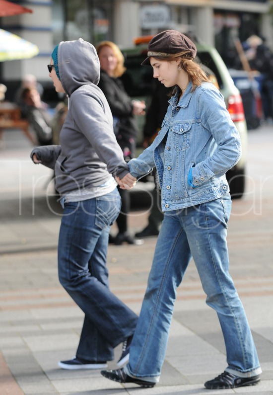 Amanda Knox went shopping yesterday with her best friend, Madison Paxton, in downtown Seattle.