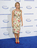 Felicity Huffman wore a floral knee-length dress.