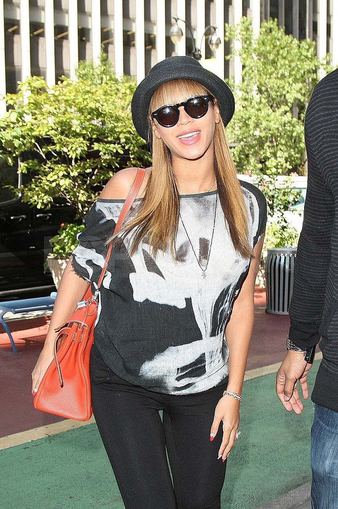 Beyoncé with bangs in NYC.