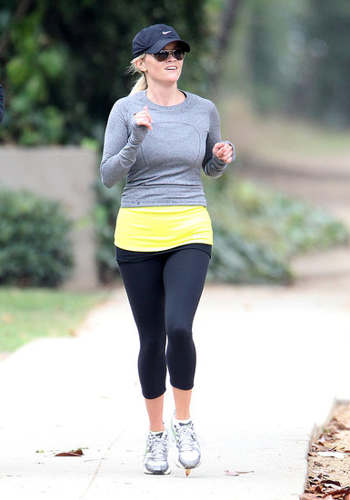 Reese Witherspoon Follows a Fun Night Out With a Friendly Jog