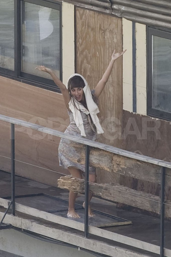Penelope Cruz threw her hands up.