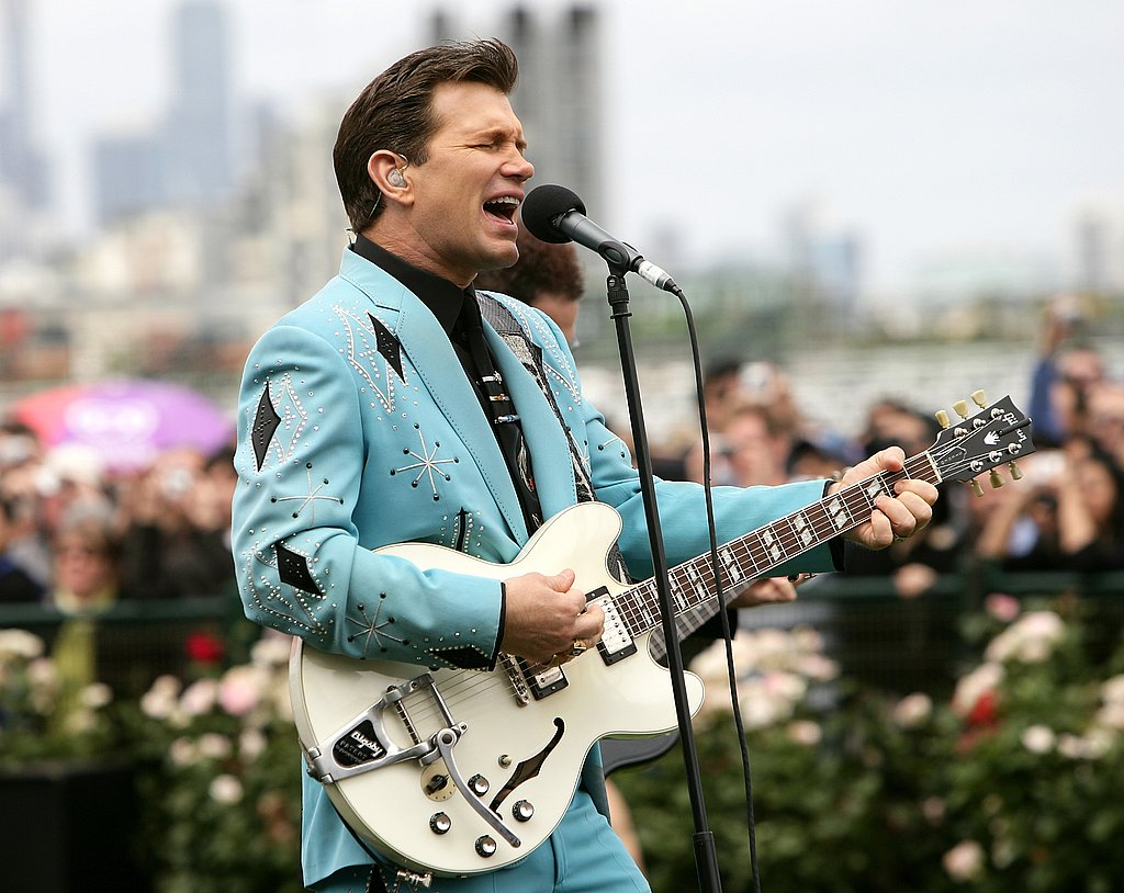 2006: Chris Isaak
