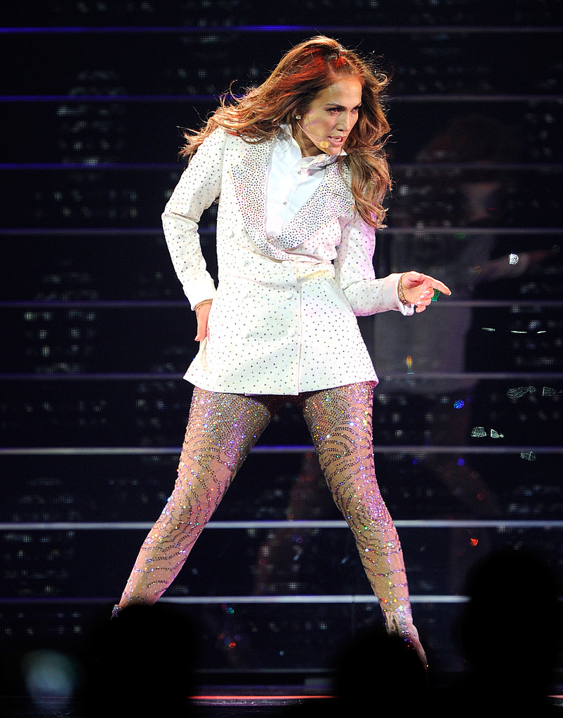 "Jennifer Lopez Tears Up on Stage During a Romantic ""Trip Down Memory Lane"""