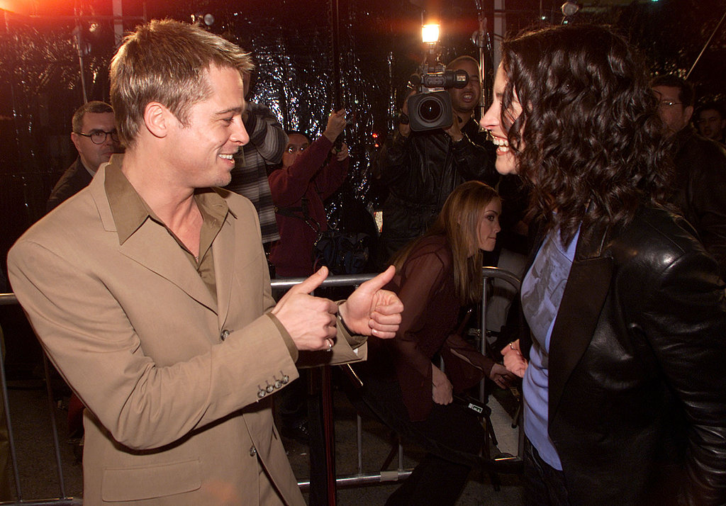 Brad Pitt gave Julia Roberts his seal of approval at the premiere of The Mexican in 2001.