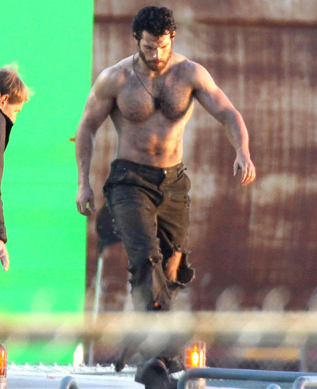 A Shirtless Henry Cavill Shows Off His Abs of Steel as Superman