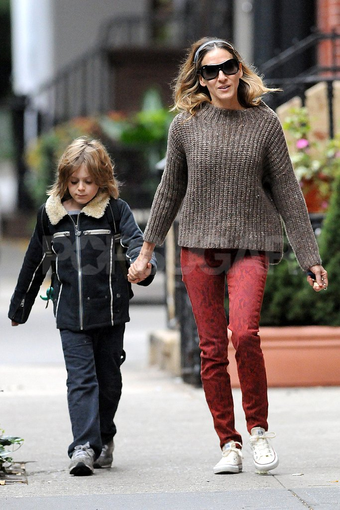 Sarah Jessica Parker held James Wilkie Broderick's hand on his way to school.