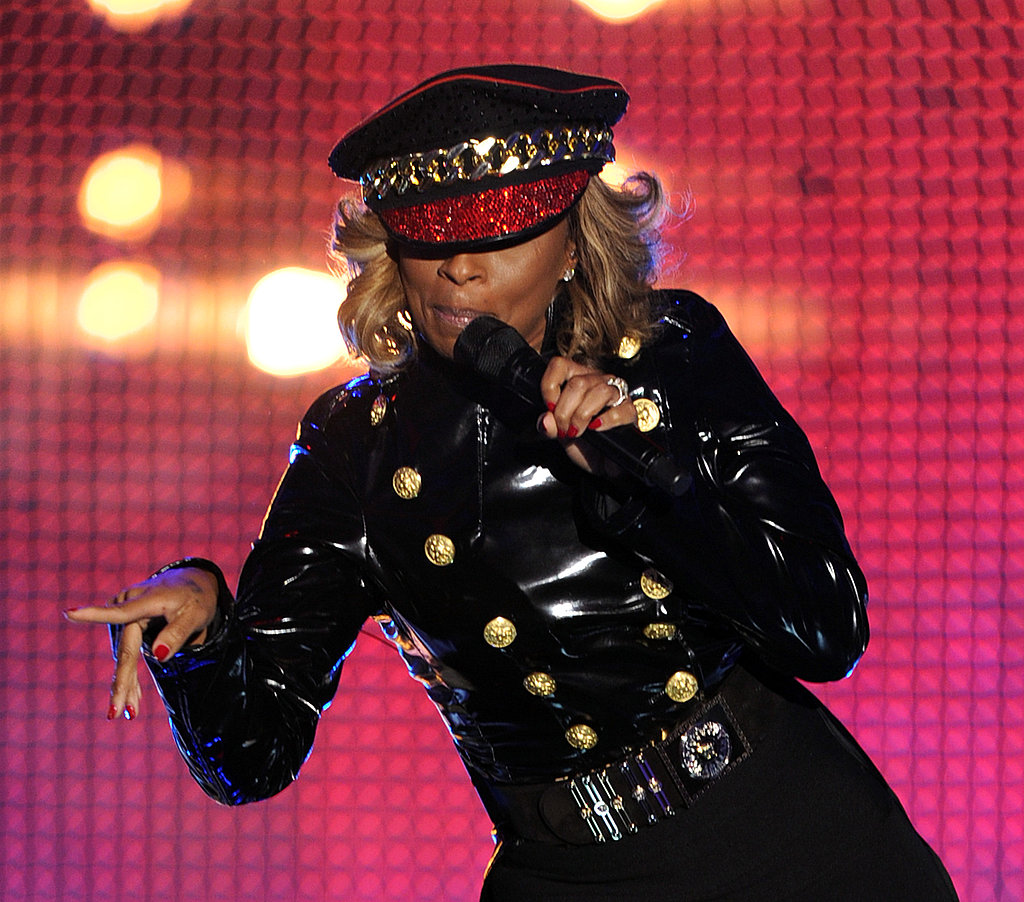 Mary J. Blige entertained the crowd.