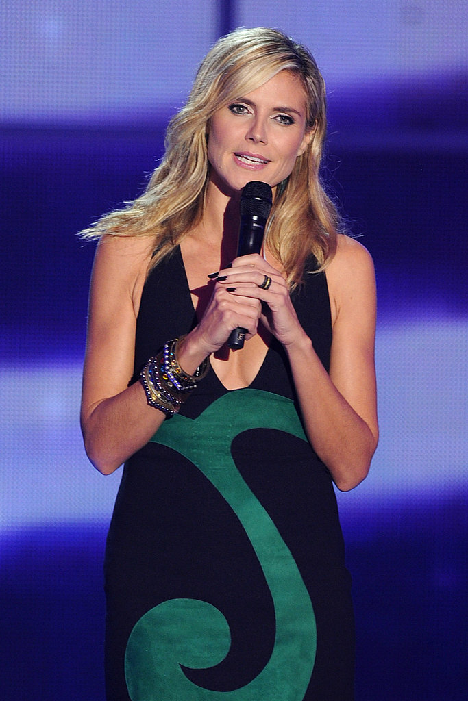 Heidi Klum wore a bold graphic dress on stage.