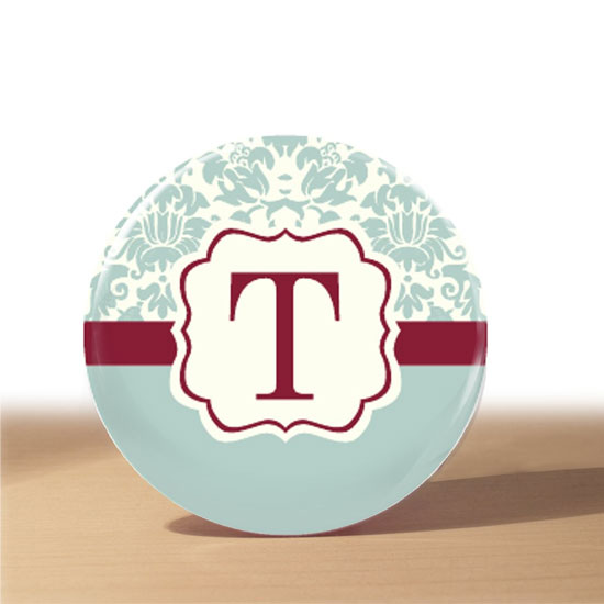 With this handmade ice blue and cranberry damask pocket mirror ($4), your recipient can be cute and classy, all while discretely checking for broccoli in her teeth. If you like the concept but prefer a different look, check out more designs from Etsyer loverdoodles' shop.