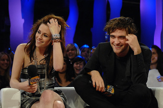 During an interview with Live@MuchMusic in Toronto, Robert Pattinson and Kristen Stewart fielded questions about their relationship back in November 2008.