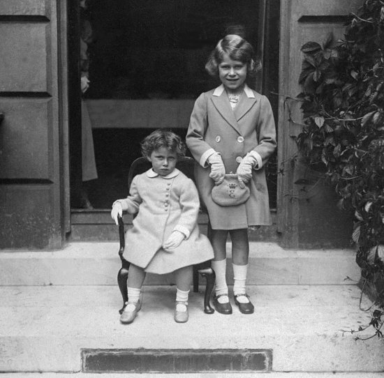 Princess Margaret and her older sister Elizabeth got their photo snapped in 1933.