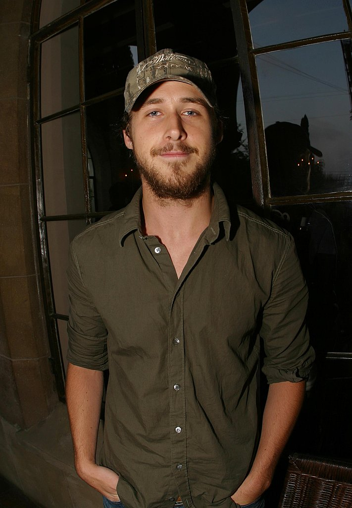 The actor donned a trucker hat and some facial hair in 2002.