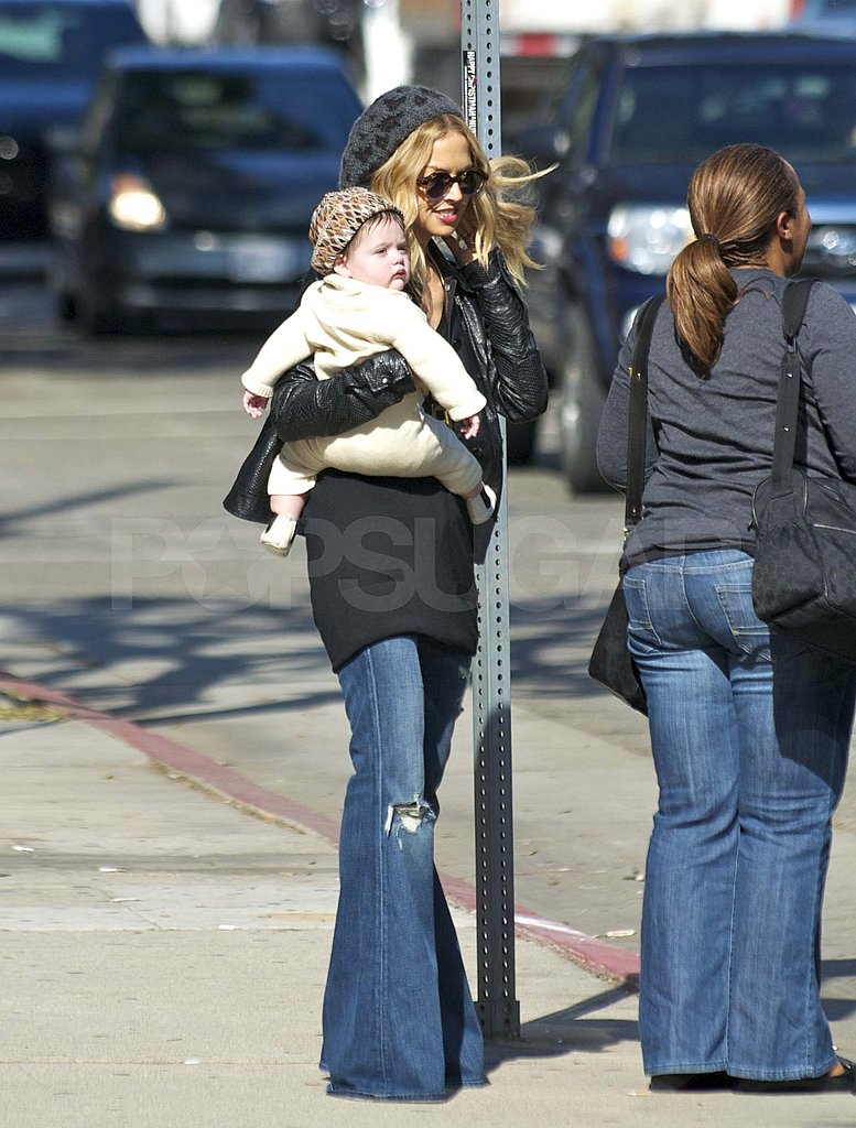 Rachel Zoe carrying Skyler in LA.