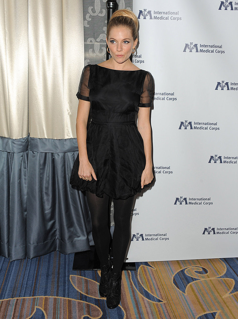 Sienna Miller was pretty in a little black dress.