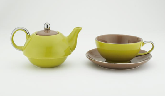 Tea Pot and Cup Set