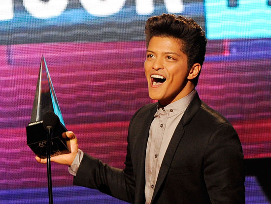 Bruno Mars took home the award for favorite male pop or rock artist.
