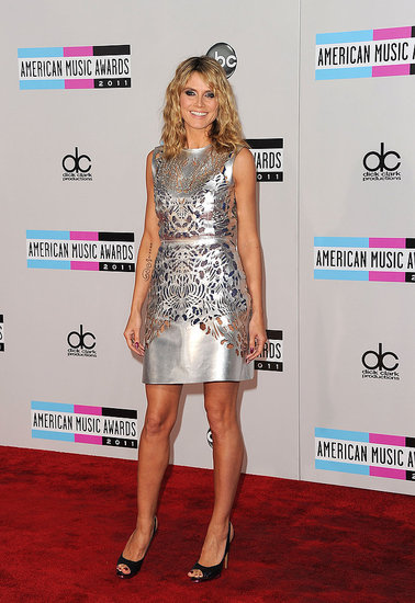 Heidi Klum Sparkles in Silver For the American Music Awards