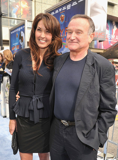 Robin Williams and Susan Schneider were affectionate on the red carpet.