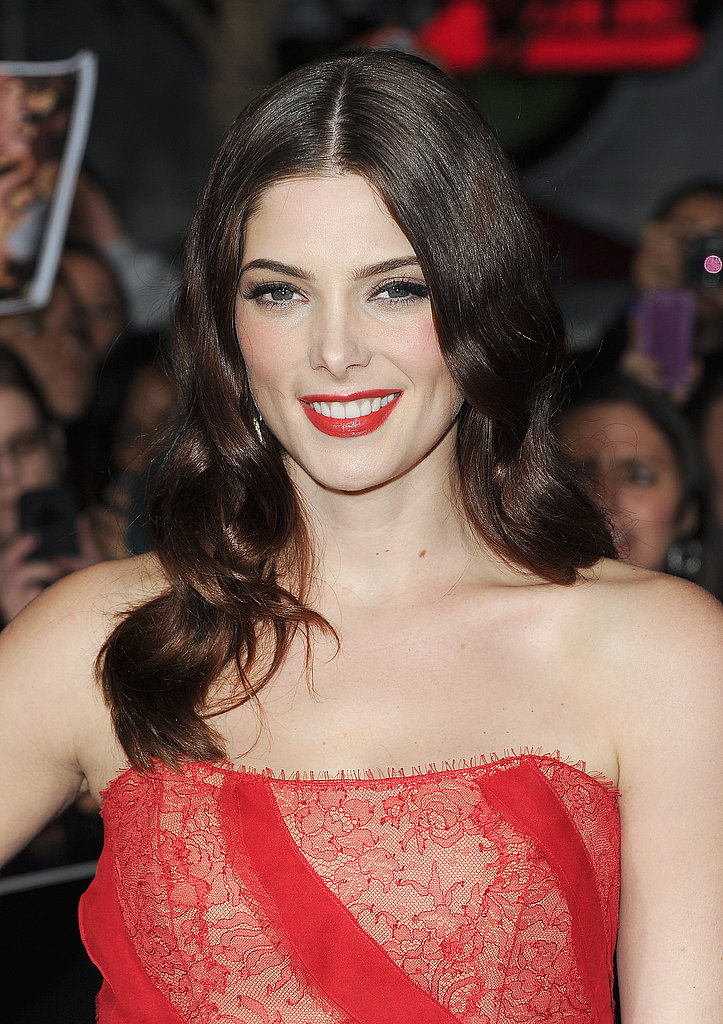 Ashley Greene flashed her smile.