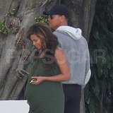 Pregnant Beyoncé Knowles together in Miami with Alex Rodriguez.
