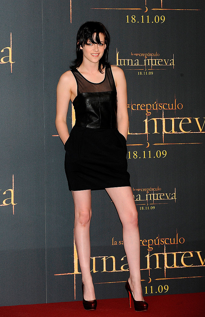 A sexy leather mini dress from Elizabeth and James while promoting New Moon in Madrid.