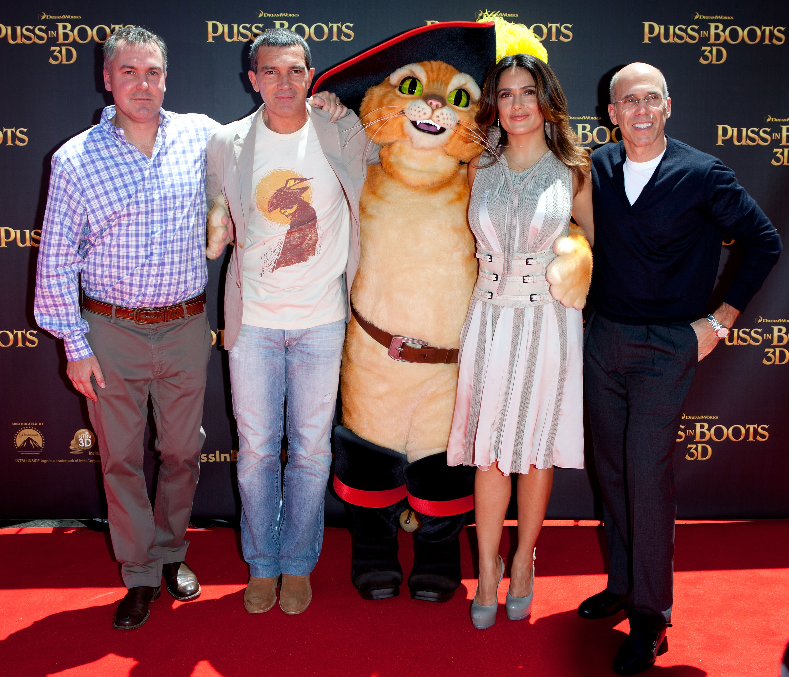 Chris Miller, Antonio Banderas, Puss, Salma Hayek and Jeffrey Katzenberg
