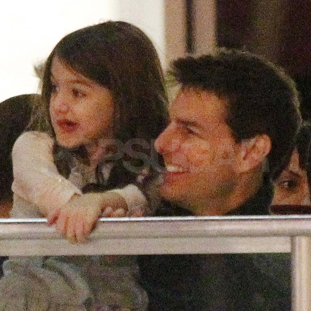 Tom Cruise with Suri in Pittsburgh.