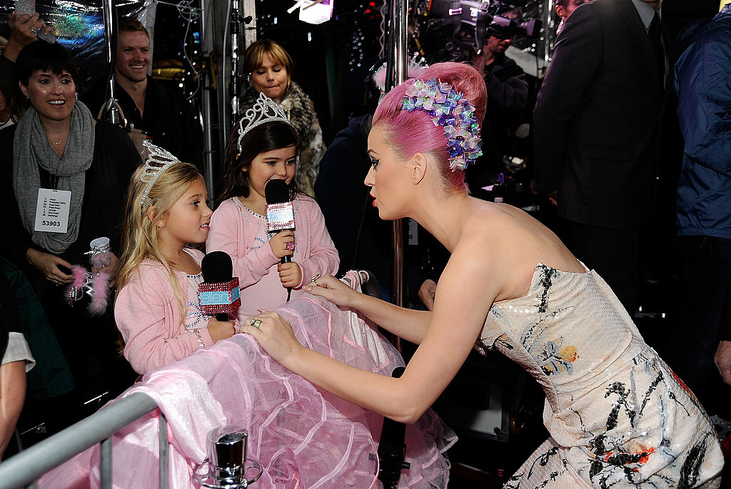 Katy Perry is interviewed by little Sophia Grace and Rosie.