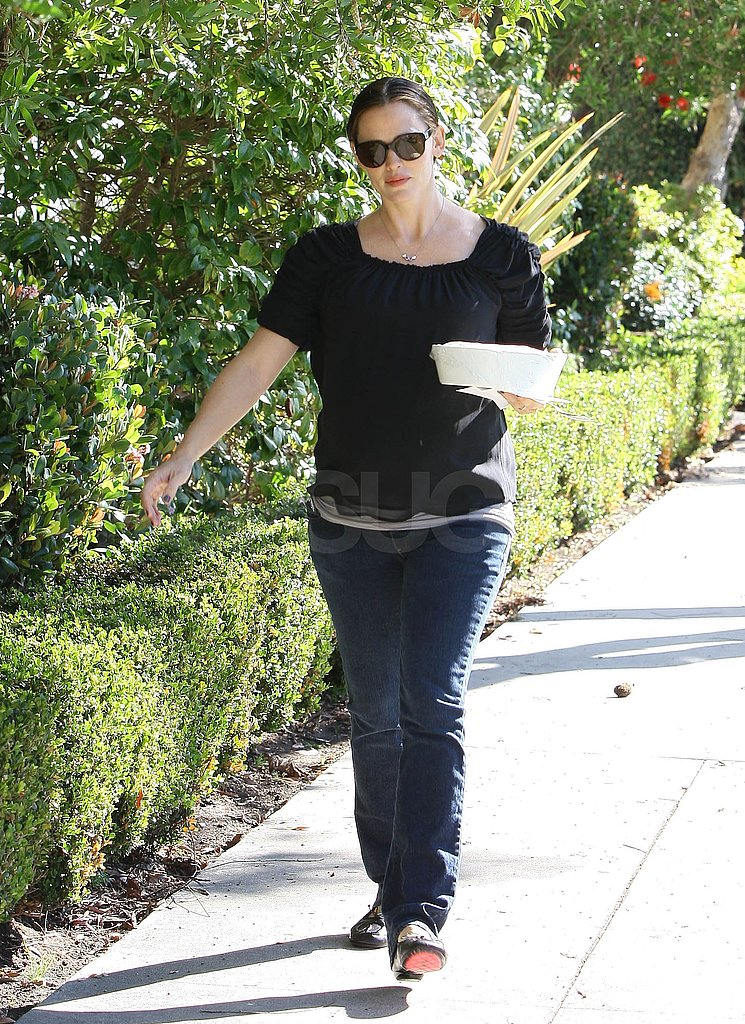 Jennifer Garner dropped off baked goods.