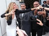 Gisele Bundchen was so happy to see her fans in Brazil!