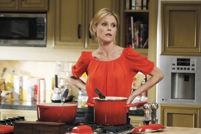 Julie Bowen as Claire on Modern Family.  Photo copyright 2011 ABC, Inc.