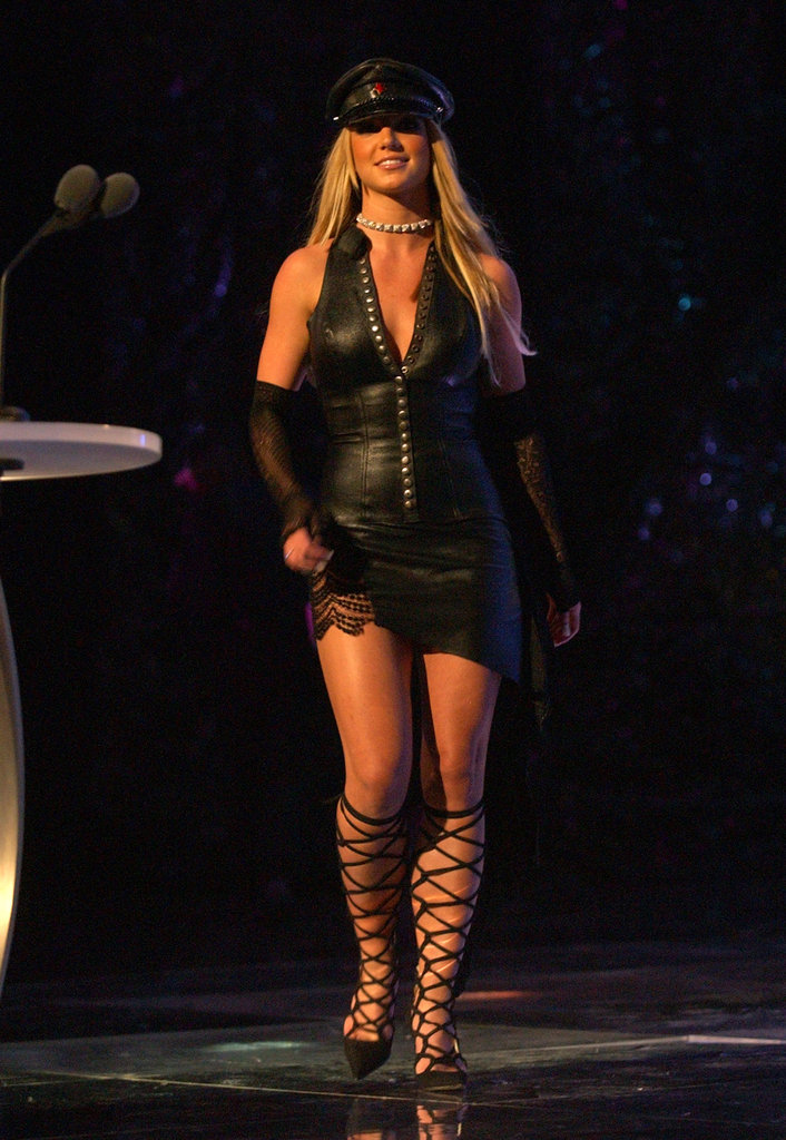 Britney Spears wore black to the MTV Video Music Awards in 2002.