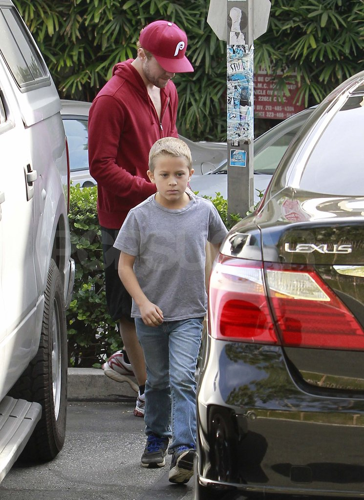 Ryan Phillippe takes Deacon to lunch.