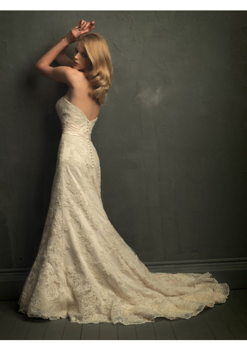 Lace mermaid wedding gowns set the common appearance with flower ...