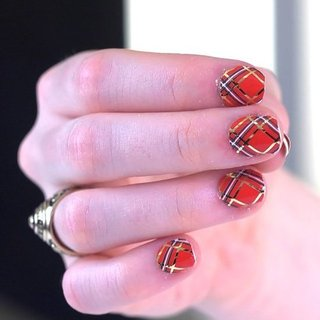 Nail Art Ideas For Holiday 2011
