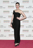 Anne Hathaway looked ultraelegant in a black Giambattista Valli gown at the Kennedy Center Honors event.