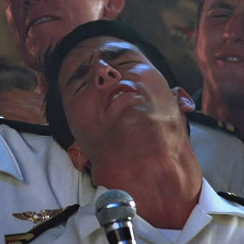 Tom Cruise Sings in Top Gun