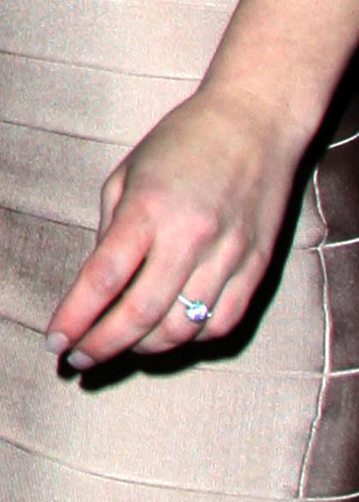 Britney's diamond sparkler was custom designed by Jason.