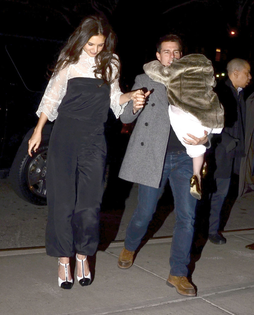Tom Cruise and Katie Holmes held hands on their way to dinner in NYC with Suri.