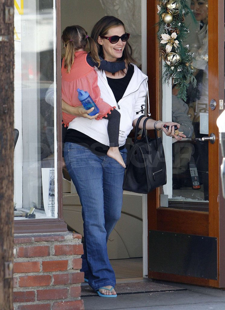 Jennifer Garner and Seraphina Affleck left the salon.