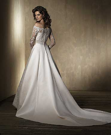 Dress  Wedding on Wedding Dresses With Sleeves