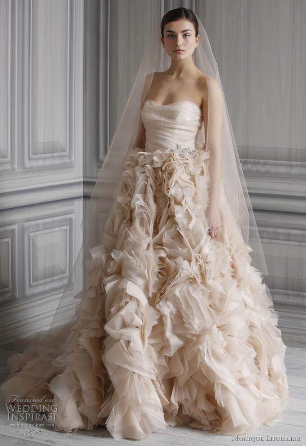 Monique Lhuillier Wedding Dresses Spring 2012 So fall in love with a very
