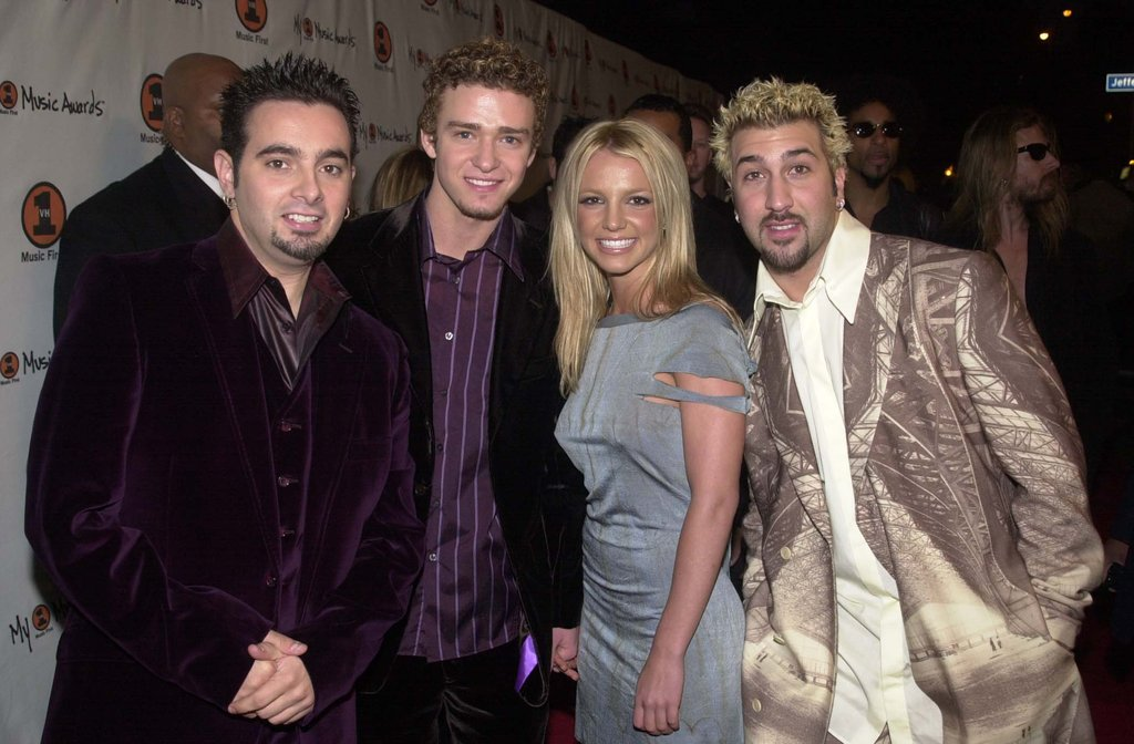 Chris Kirkpatrick, Justin Timberlake, Britney Spears, and Joey Fatone attend the My VH1 Awards in 2000.