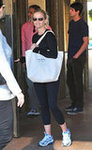 Reese Witherspoon at Sugarfish Sushi