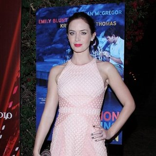 Emily Blunt Wears Sexy Marios Schwab Dress at the 2012 Palm Spring Film Festival: See It From All Angles