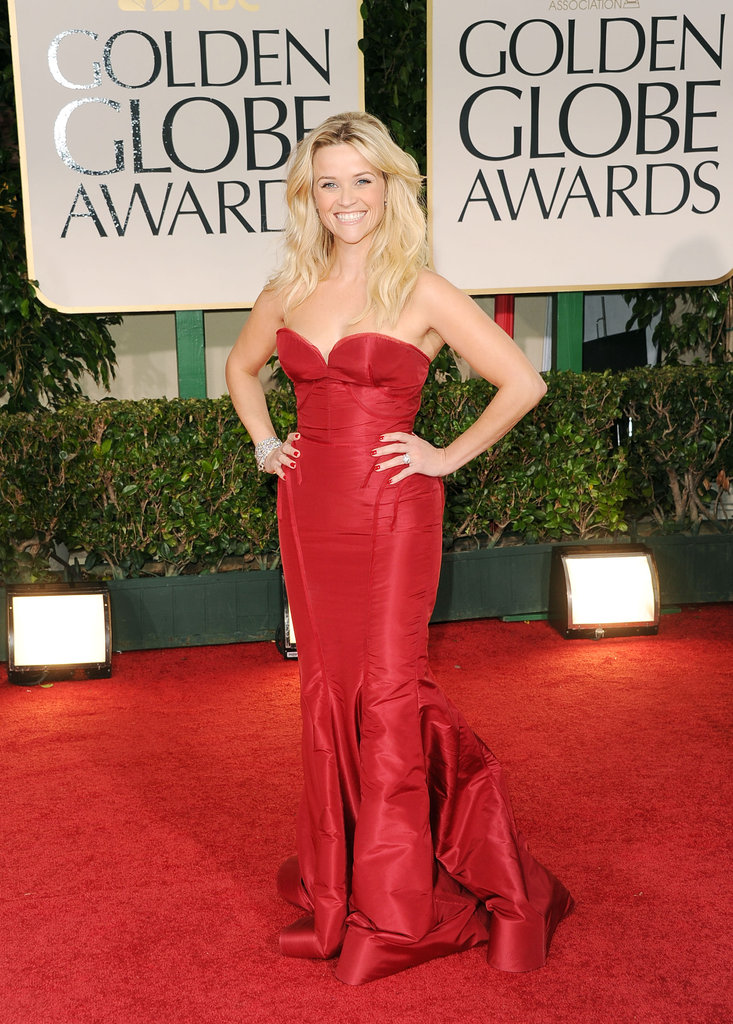 Reese Witherspoon in red at the Golden Globes.