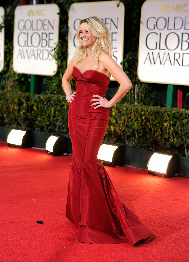 Reese Witherspoon had her hands on her hips at the 2012 Golden Globe Awards.
